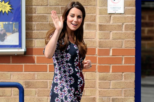 f4fc23ff9b7d3 Kate Middleton is single-handedly setting fads for maternity wear